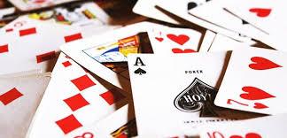 Mengenal 7 Jenis Permainan Judi Kartu